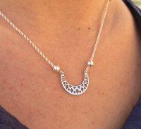 collar luna mandala