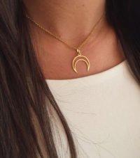 colgante lunita oro